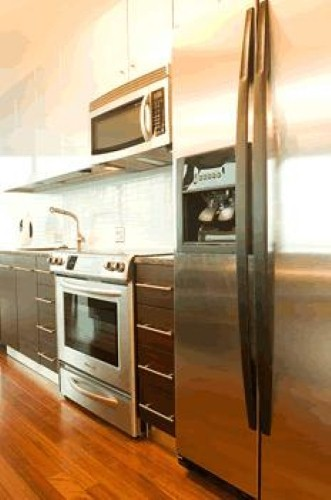 protecting a hardwood flooring investment in your kitchen (en-ca)